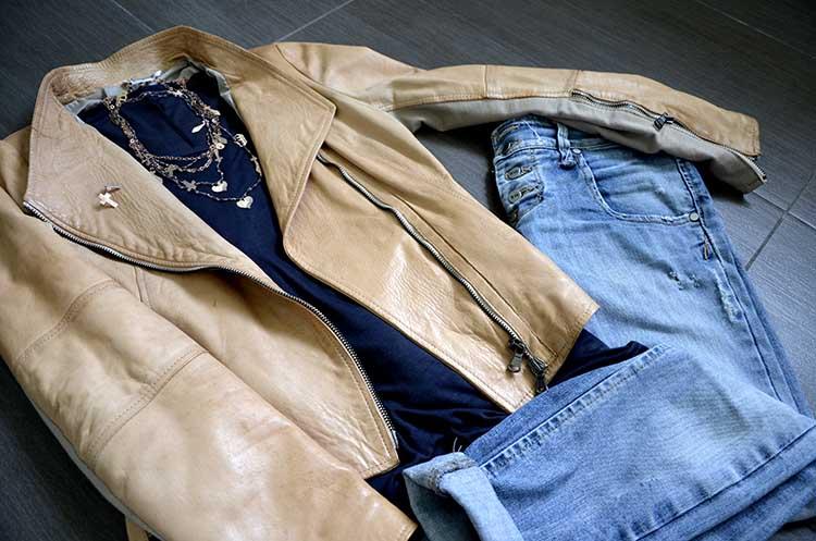 gioielleria_tassinari_rose_giacca_pelle_jeans