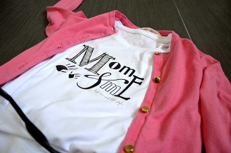 tshirt_momeme_jeans_cardigan_fluo