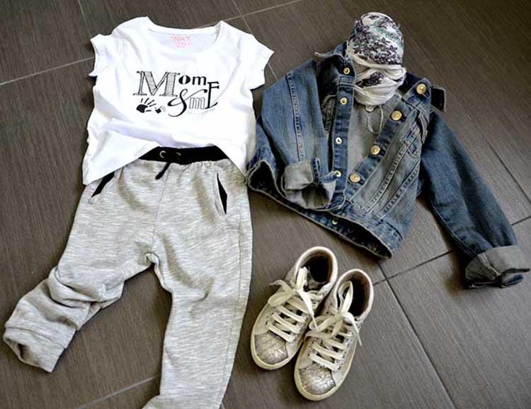 tshirt_momeme_pantaloni_felpa_giubbino_jeans