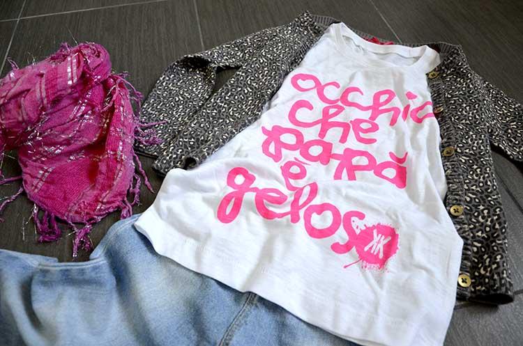 tshirt_papa_geloso_jeans_fucsia