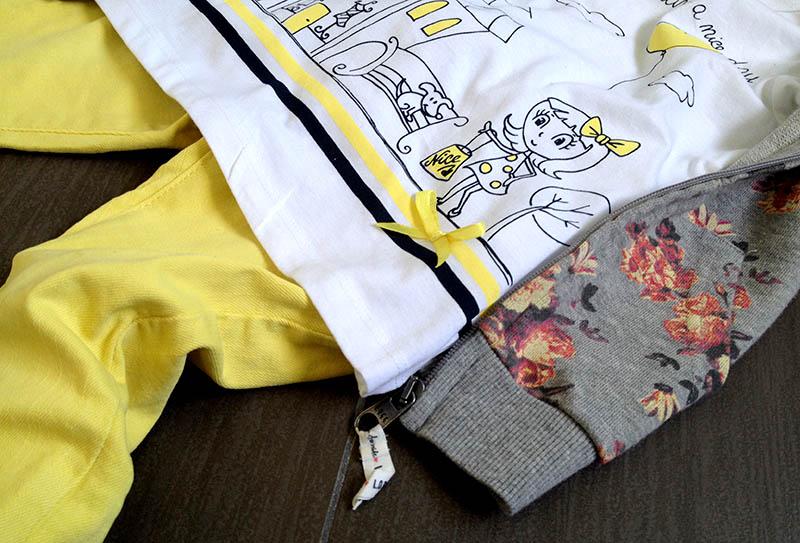 felpa_fiori_tshirt_jeans_skinny_giallo