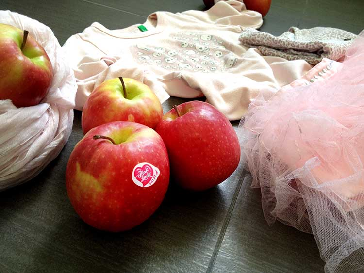 outfit_pink_girls_apple_lady_pink_red