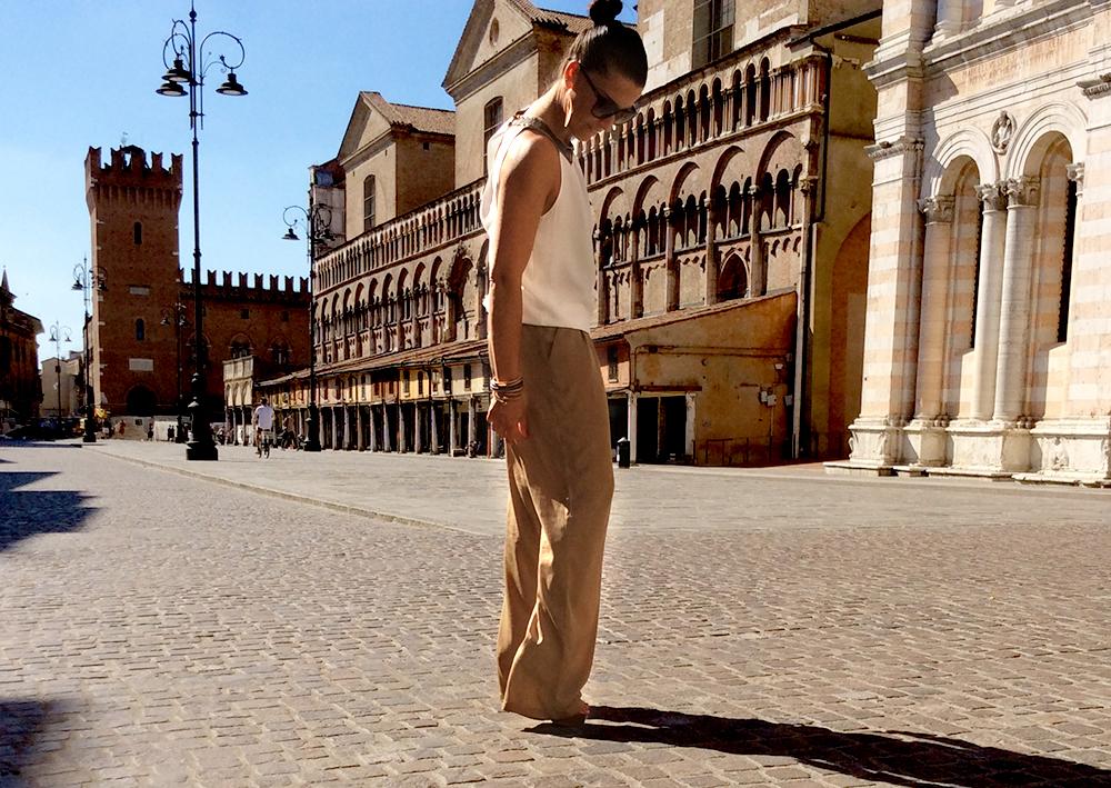 look donna tuta intera jumpsuite bicolor promod con zeppa guglielmo rotta in piazza trento trieste a ferrara