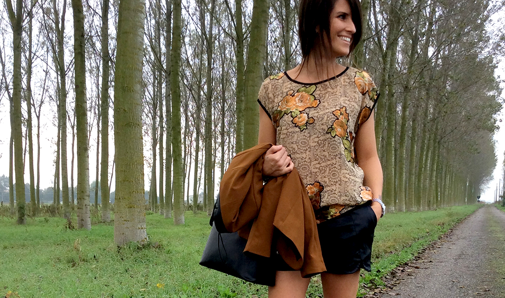 blusa_seta_folliefollie_by_momeme_fatta_mano_dettagli_velluto_short_pelle_blazer_senape_autunno