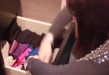 video tutorial dal blog mom&me per riordinare i cassetti delle calze in modo semplice, pratico e veloce