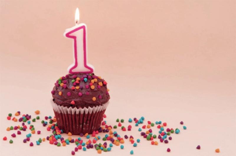 prima candelina per il blog mom&me con cupcake e zuccherini