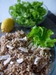 insalata di farro pollo e frutta secca, un piatto freddo semplice e veloce