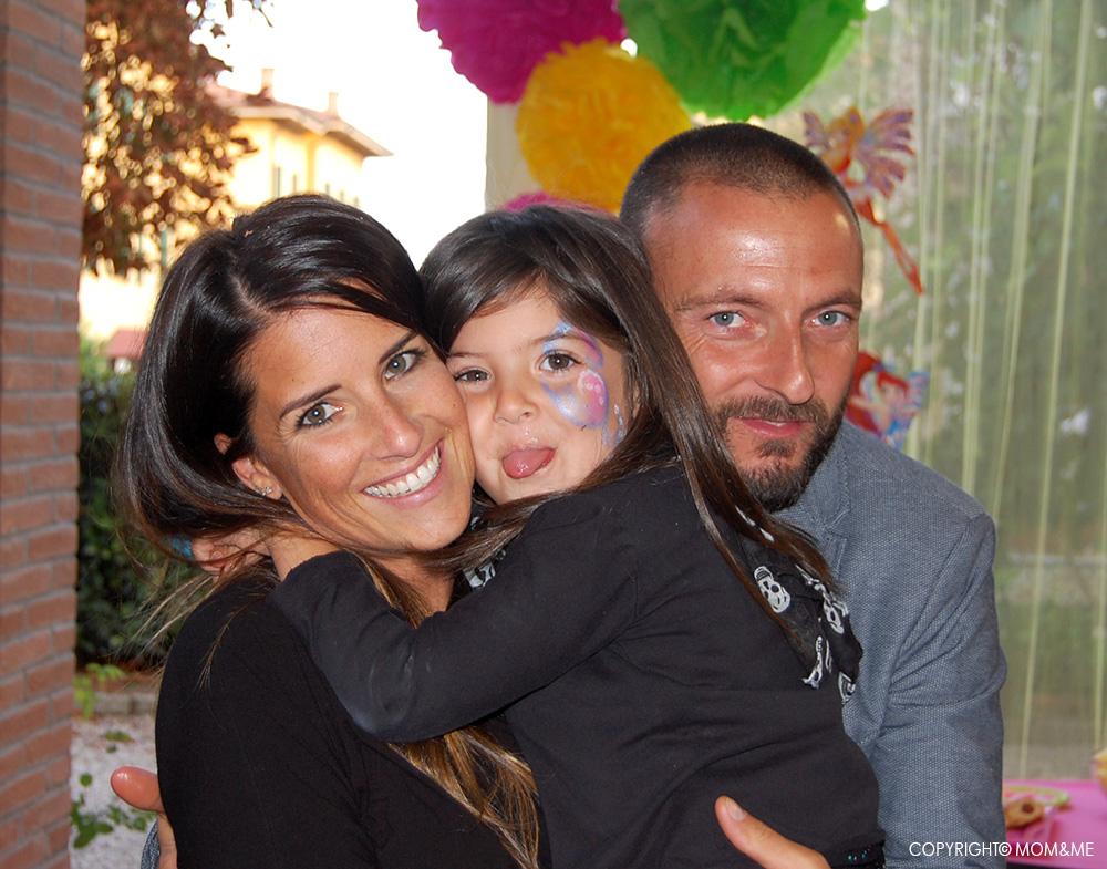 festa_compleanno_winx_bambina_felice_mamma_papa_famiglia_momeme
