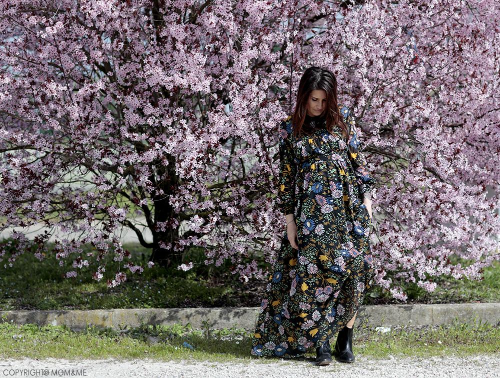 fiori_rosa_albero_primavera_abito_gravidanza_asos_maternity_momeme