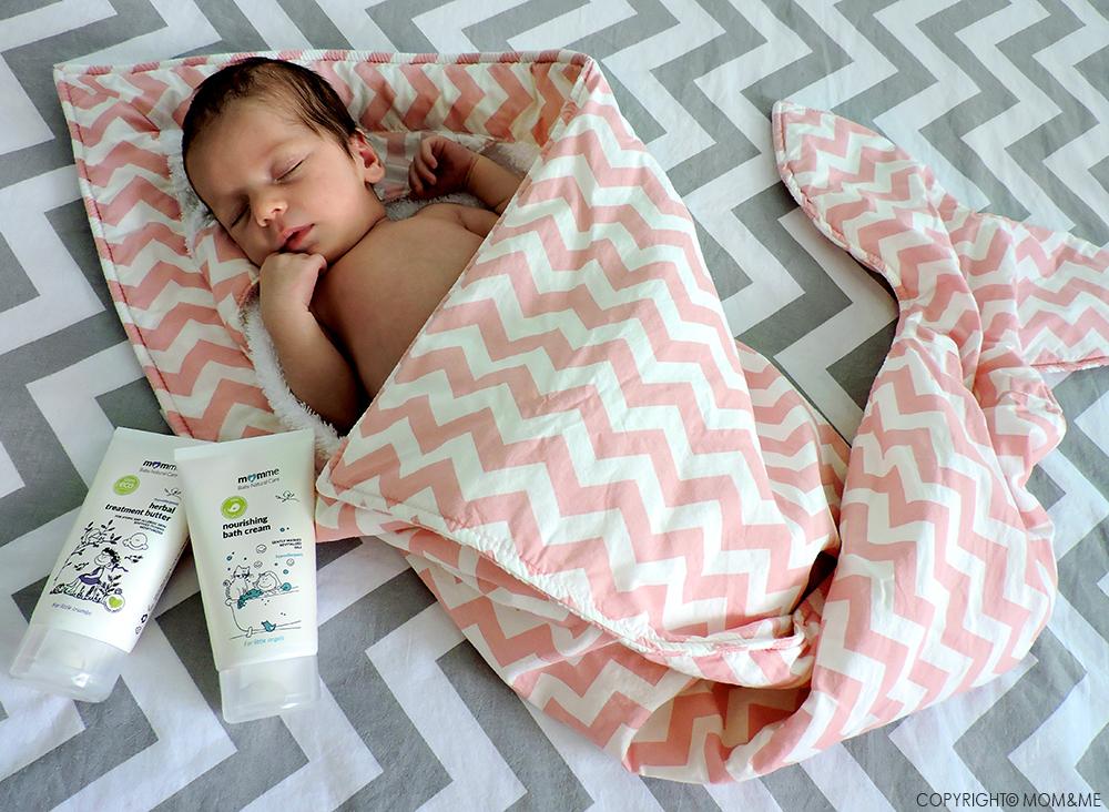 mom_me_prodotti_bagno_neonato_naturale_organic_asciugamano_pesce_rosa_baby_bites_momeme