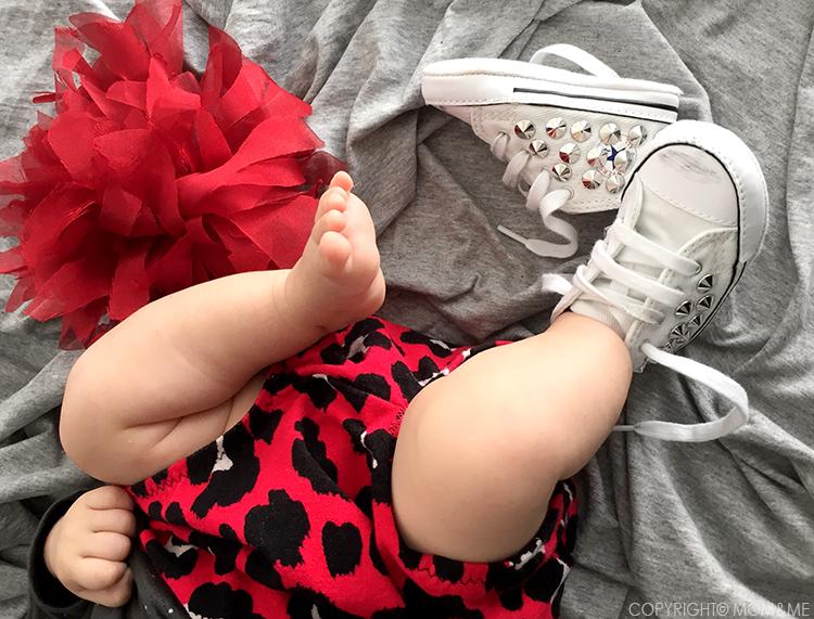 minnie_sneakers_converse_borchie_baby_culotte_animalier_rosso_piedini_momeme