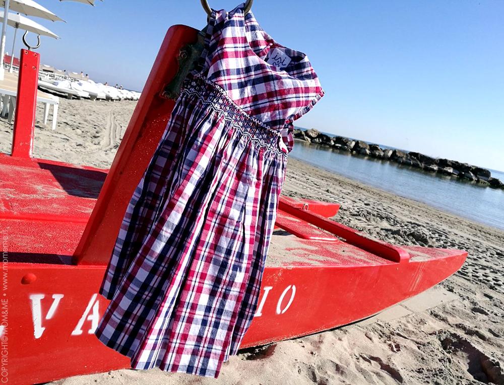 estate_scamiciato_vestito_fresco_moda_bambina_romagna_spiaggia_moscone_vestito_malvi_and_co_tartan_momeme